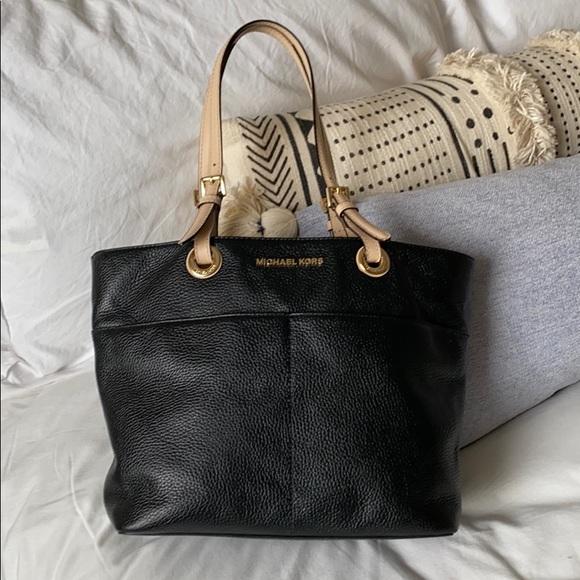 Michael Kors Handbags - Michael Kors Medium Tote Bag